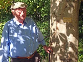 Ehrenmitglied Helmut Täubner feiert 85. Geburtstag 2012
