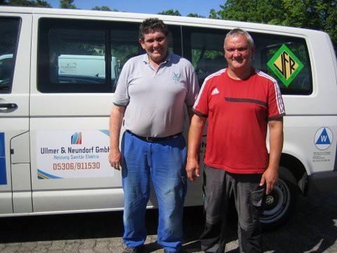 VfR Weddel -Bus-Werbung 2015 Ullmer und Neuendorf