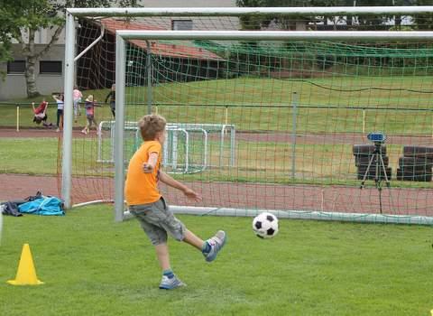 VfR Weddel - Sport- und Spaßmeile - Torschuss