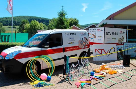 NTV Mobil beim VfR Weddel